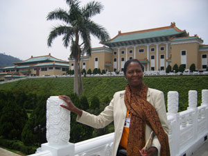 Photo of Maggie Blair-Ramsey in front of the National Taiwan University